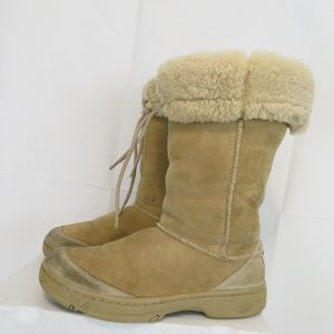 UGG Women's 8 Boots Sunburst Tall Sheepskin F8005H